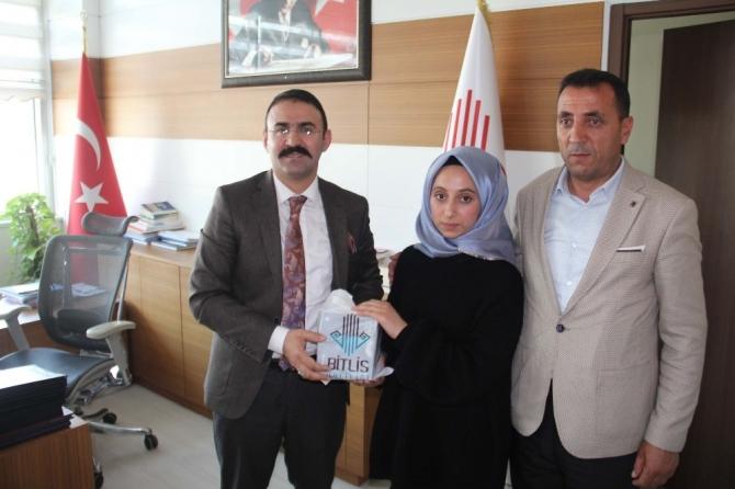Bitlisli öğrenci kompozisyon alanında Türkiye 2'ncisi oldu