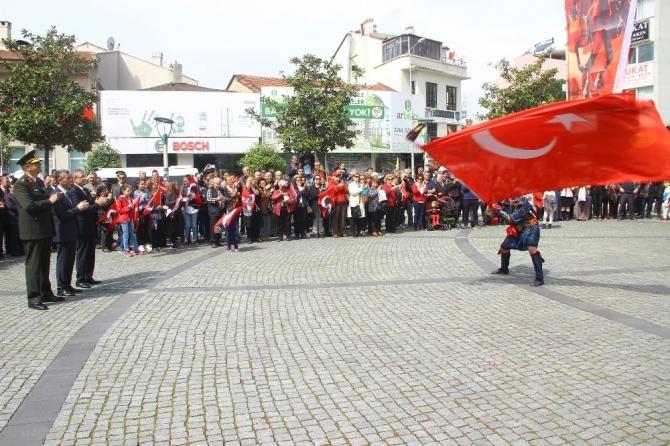 Atatürk'ün Edremit'te gelişinin 85. yılı kutlandı