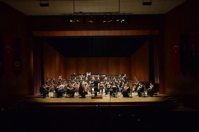 Konservatuvar öğrencilerinden 'Senfoni Orkestrası Konseri'