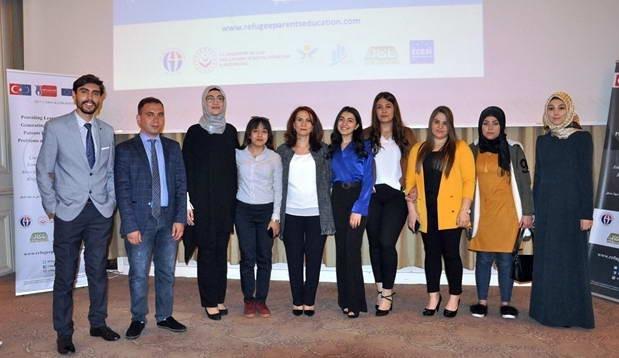 Suriyeli ebeveynlere öğrenme becerisi kazandırılıyor