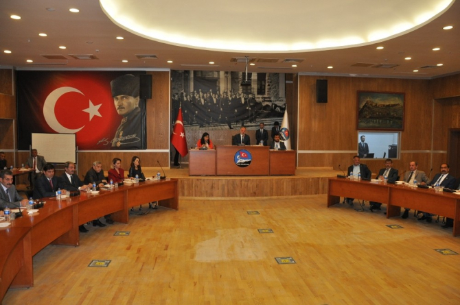 Kars Belediyesi'nde 19 maddelik meclis toplantısı başladı