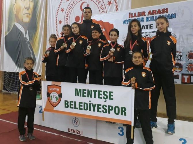 Menteşe Belediyesi karate takımından 9 madalya