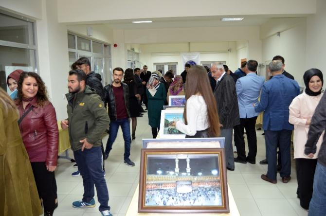 Adilcevaz KYK'dan Türk halk müziği konseri ve rölyef sergisi