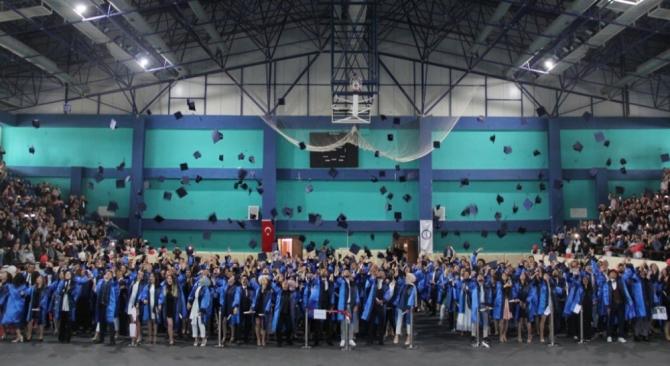 DPÜ'de mezuniyet etkinlikleri başladı
