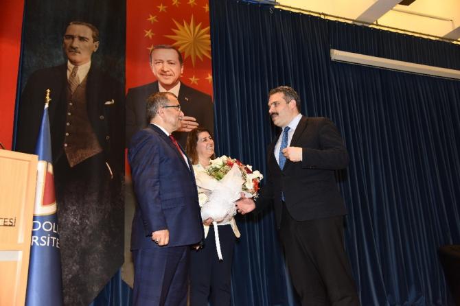 Emniyet Genel Müdürü, Anadolu Üniversitesinde öğrencilerle buluştu