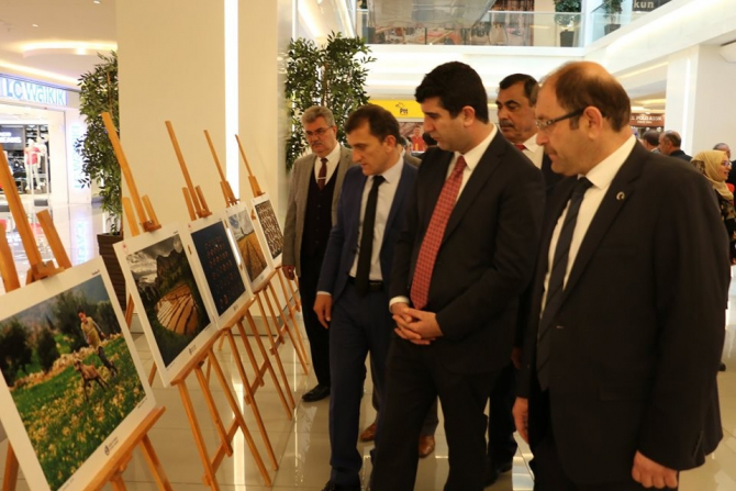 Erzincan'da Tarım ve İnsan Fotoğraf Sergisi açıldı