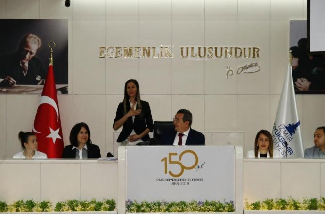 Konak Meclisinde bir ilk: İşaret dili ile tercüme yapıldı