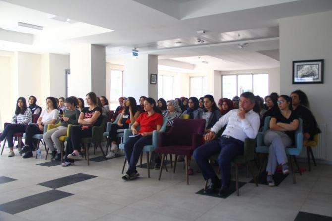 Manisa'da yurt personellerine yönelik sıfır atık eğitimi