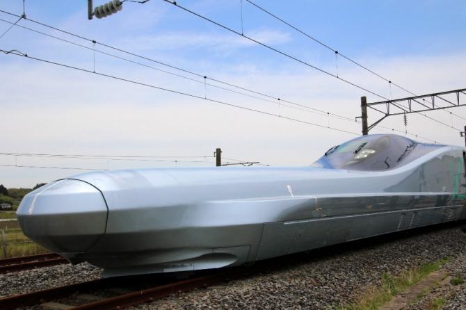 Japonya dünyanın en hızlı mermi trenini test ediyor
