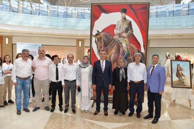 """""""Bir Asırdan Bin Asıra 19 Mayıs"""" karma resim sergisi açıldı"""