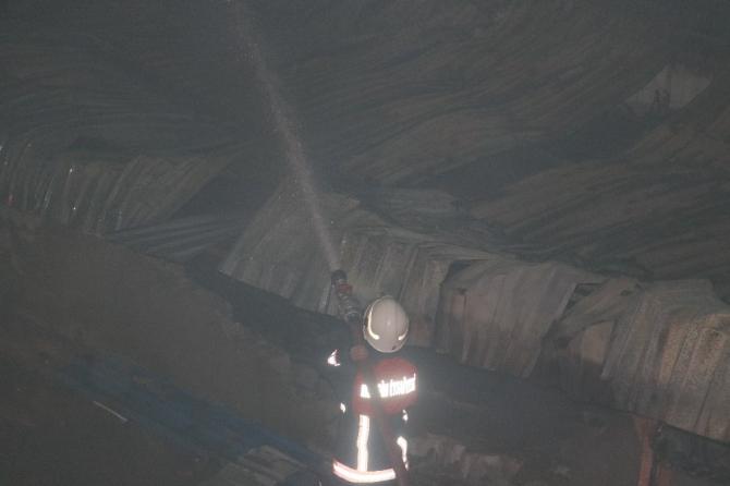Mersin'de çıkan fabrika yangını kontrol altına alındı