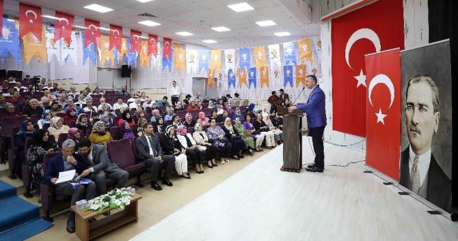 """Başkan Büyükakın, """"Türkiye'de darbeler tarihi 1908'de başladı''"""