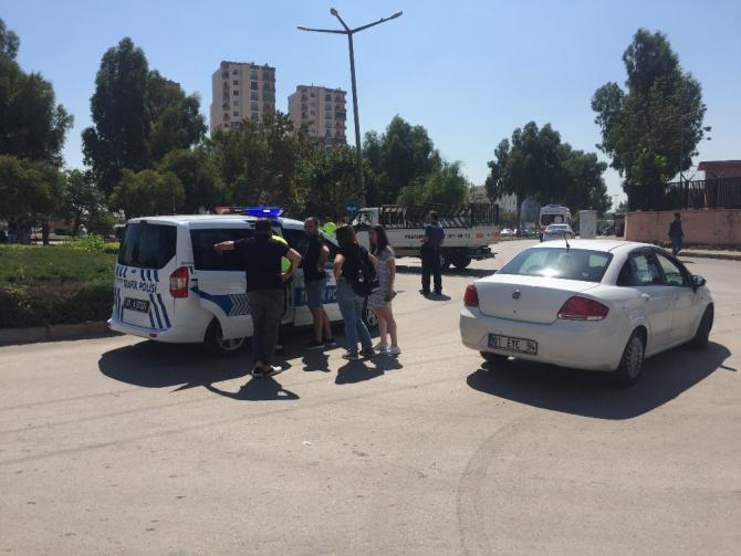 Trafik polisi kazada yaralandı
