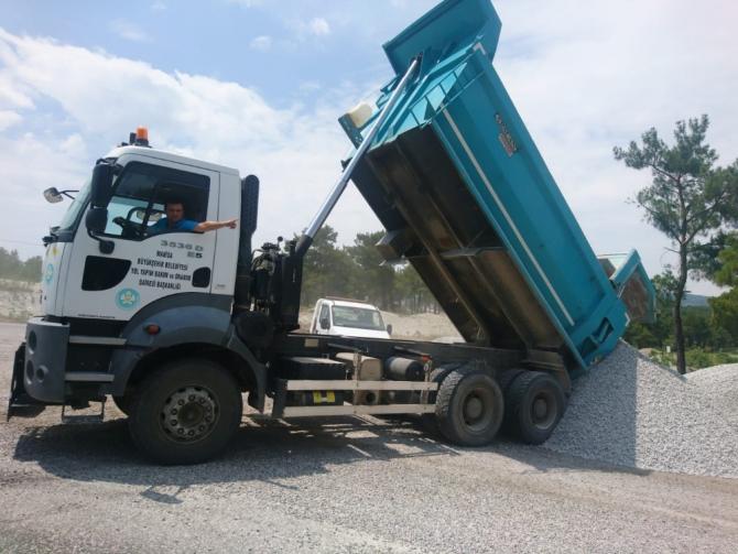 Manisa'da asfalt çalışmaları başladı