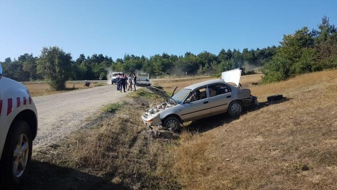 Tokat'ta otomobil şarampole uçtu: 1'i çocuk 4 yaralı