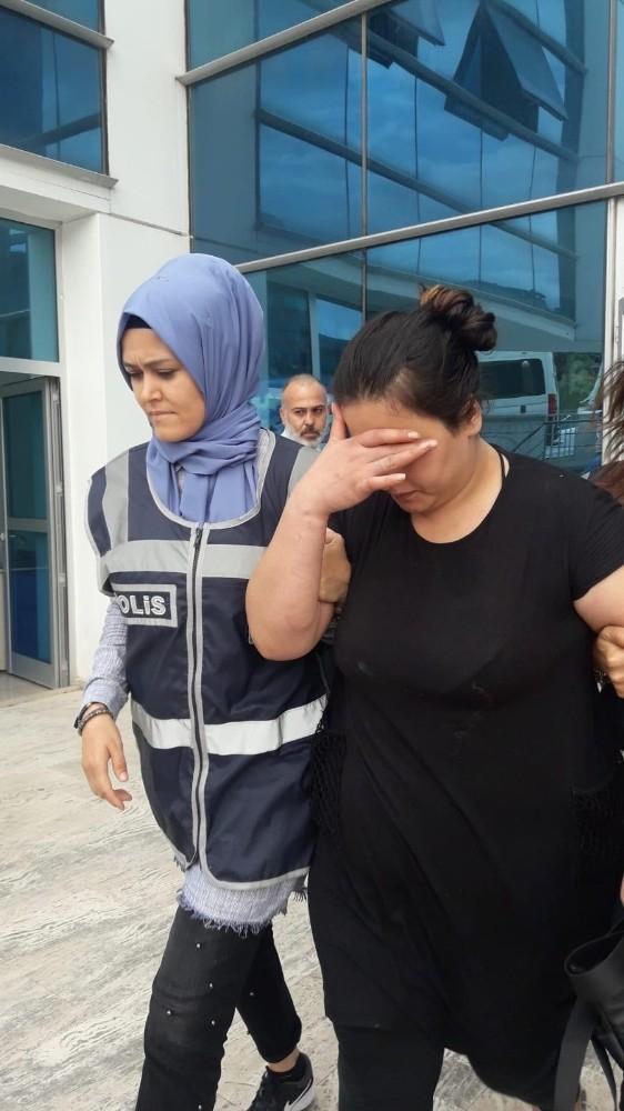 Suç makinesi kadın mangal başında parmak arası terlikleriyle yakalandı