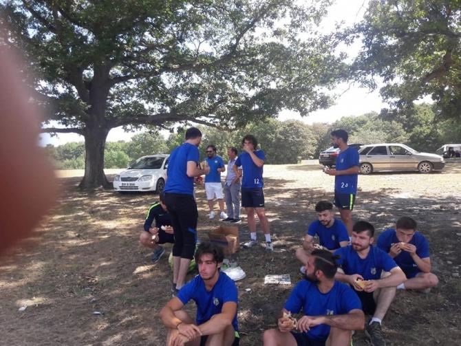 Oyuncular piknikte moral buldu