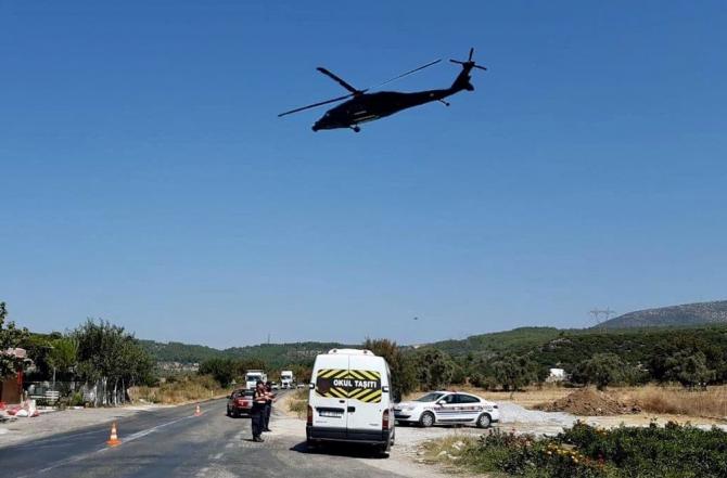 Jandarma sürücüleri havadan denetliyor