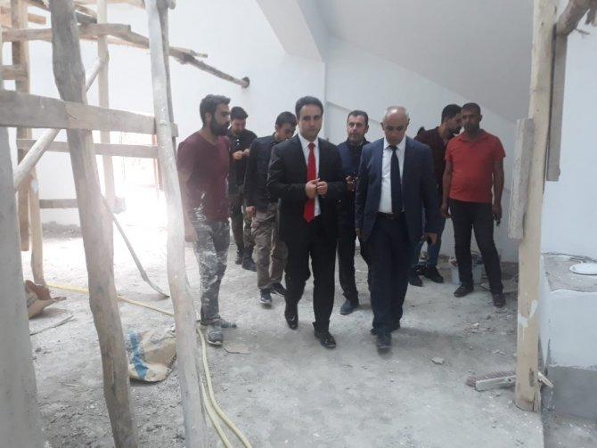 Kaymakam Dundar, Camii inşaatında incelemelerde bulundu