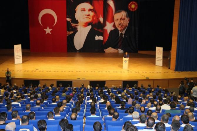 Vali Güzeloğlu ve Milli Eğitim Müdürü Taşçıer okul müdürleriyle bir araya geldi