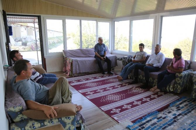 Başkan Tarhan'dan en az oy aldığı Tol Mahallesi'ne ziyaret