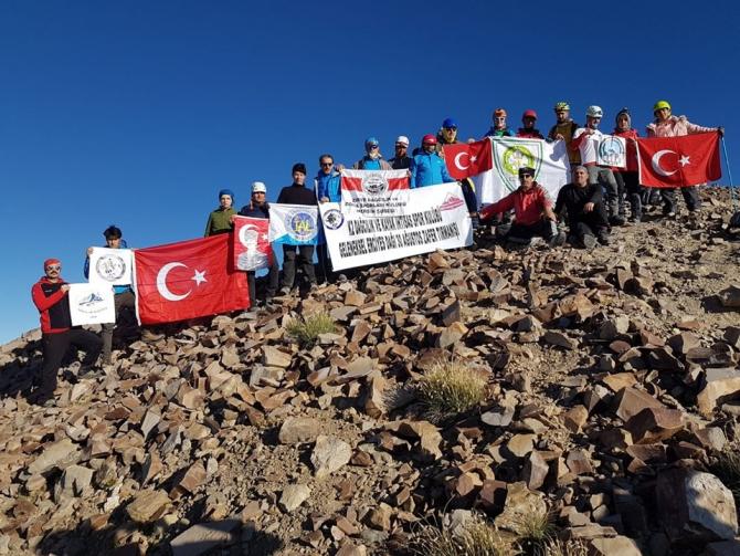 30 Ağustos Zafer Bayramı Erciyes Tırmanışı yapıldı