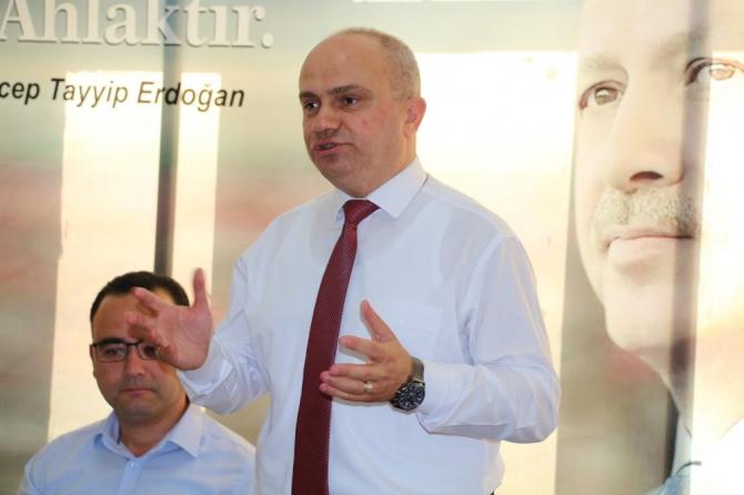 AK Parti'li Mersinli Kula'da ziyaretlerde bulundu