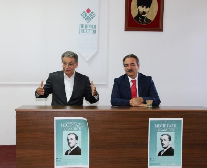 Rektör Bağlı Anadolu Mektebi öğrencileriyle buluştu