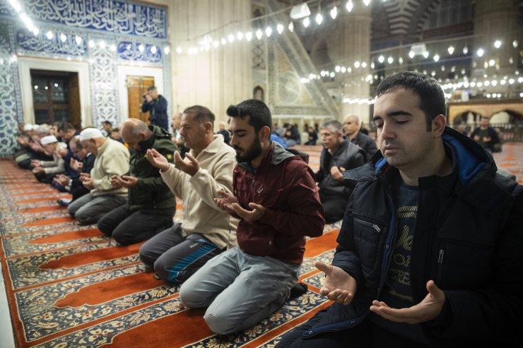 Mehmetçik için Selimiye'den dua