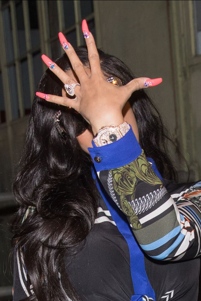 Cardi B.'nin yüzüğü tüm dünyanın dilinde
