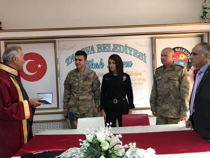 Nikah masasından 'Barış Pınarı Harekatı'na destek