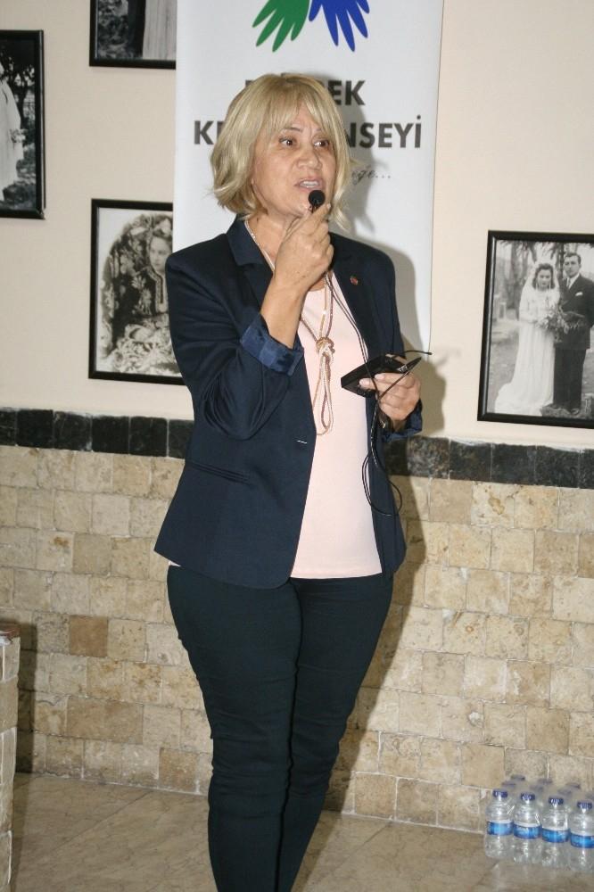 Devrek Kent Konseyi Kadın Meclis Başkanı Külah oldu