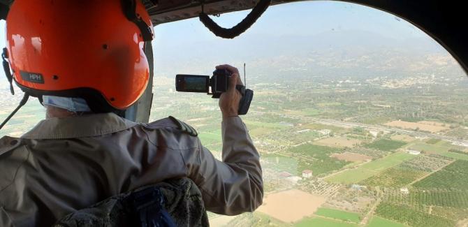 Aydın'da basın mensupları ormanları havadan görüntüledi