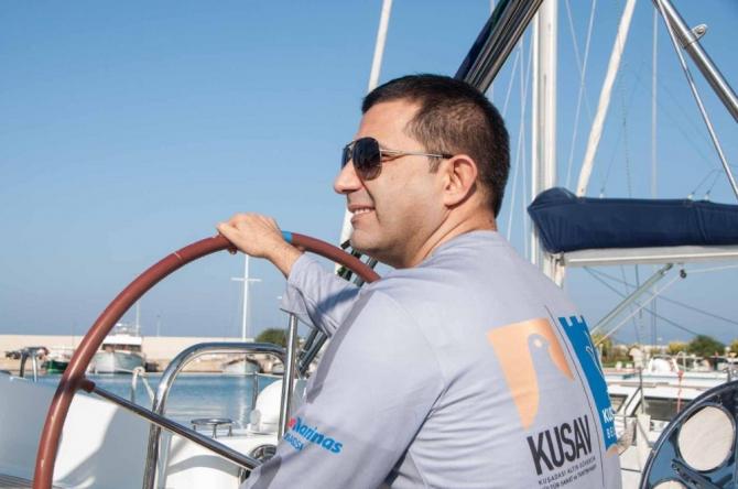 Başkan Ömer Günel cumhuriyet için yelken açtı