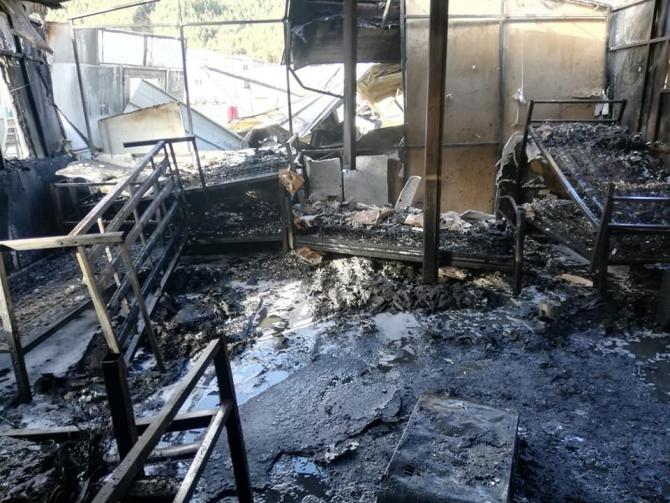 Bolu'da, işçilerin kaldığı konteyner yandı