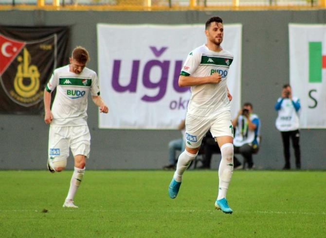 Bursaspor İstanbul takımlarına karşı galibiyeti hatırladı