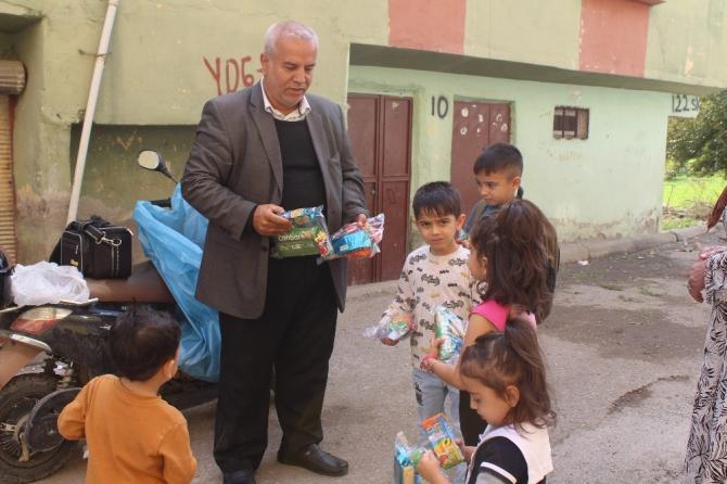 Tosunlu'dan çocukları sevindiren hediye