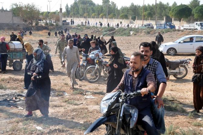 Telabyad'daki sivillere STK'lardan insani yardım