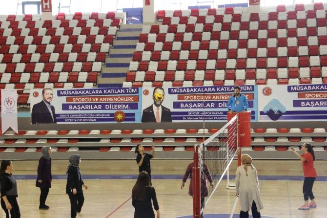 Öğretmenler Kupası Ağrı il finalleri yapıldı