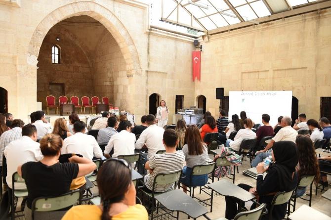 Tarsus Gastronomi Günleri'nde ünlü şefler panel düzenledi