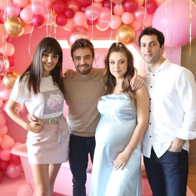Oyuncu Hande Erçel'in ablasından baby showe partisi