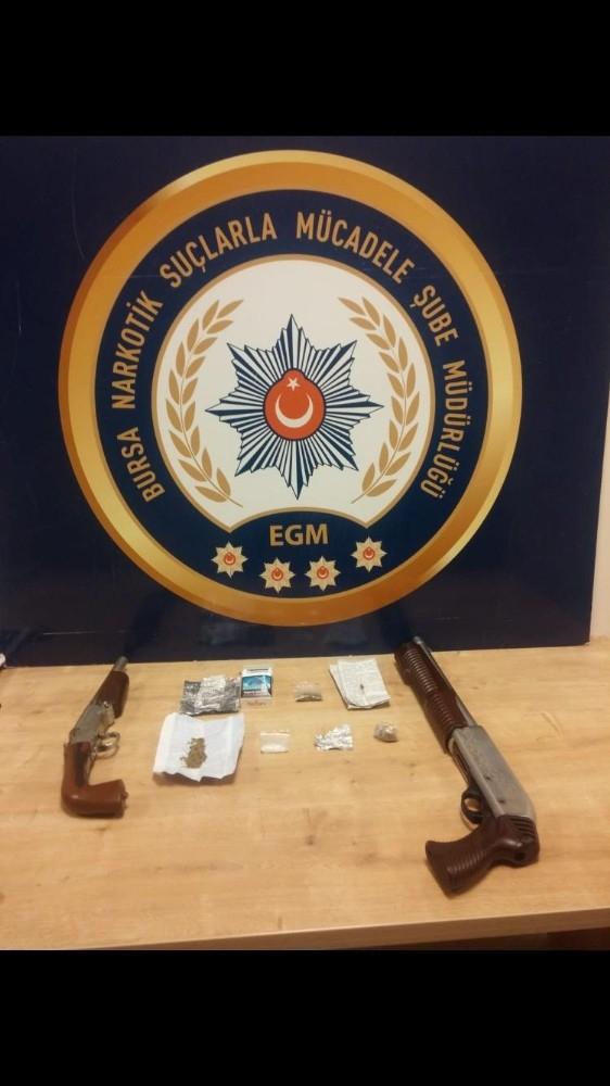 Bursa'da uyuşturucu operasyonu: 19 gözaltı