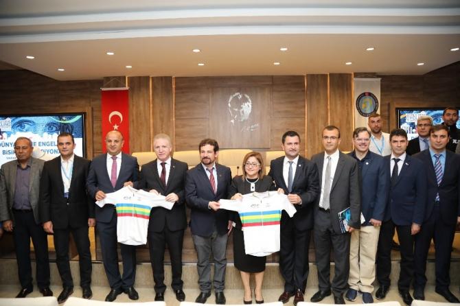 Dünya İşitme Engelliler Bisiklet Şampiyonası'nın tanıtımı yapıldı