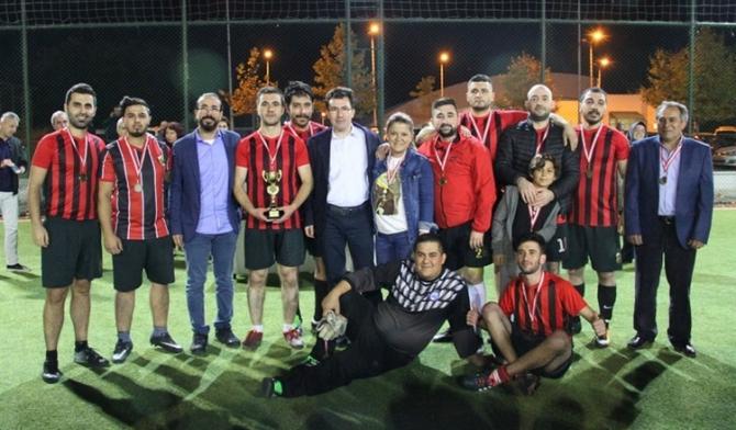 ESOGÜ Hastanesi Futbol Turnuvasında Cumhuriyet Kupası'nın sahibi belli oldu