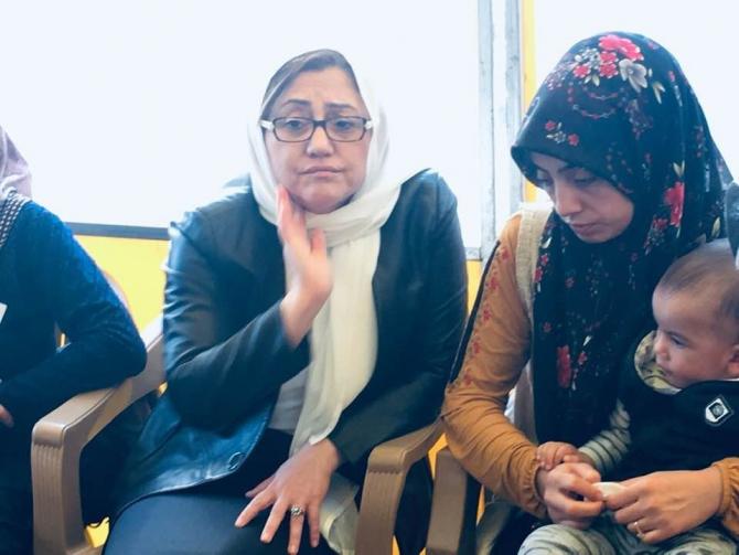 Fatma Şahin'den Şehit Önek'in ailesini ziyaret etti
