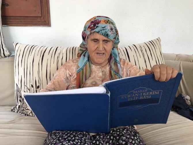 Görme engelli Havva teyzenin Kur'an-ı Kerim aşkı