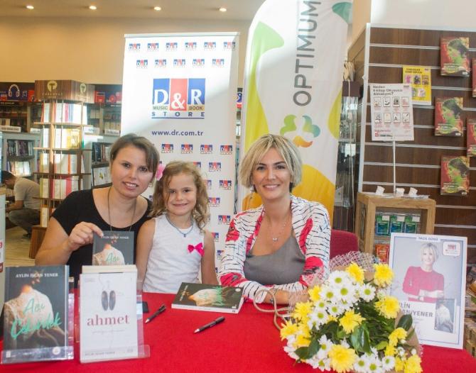 Yazar Aylin İşcan Yener Adanalı okurları ile buluştu