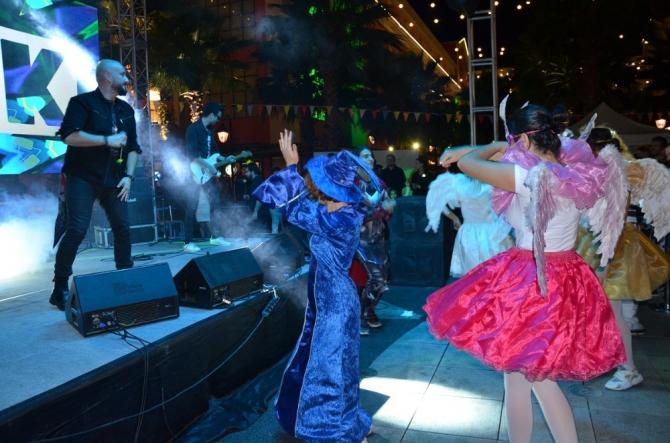 İzmirliler Sonbahar Festivaliyle eğlendi