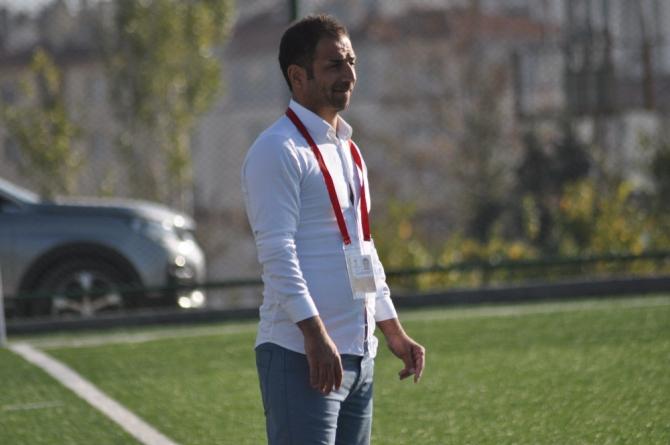 Kayseri Şekerspor Teknik Direktörü Halil İbrahim Öztürk