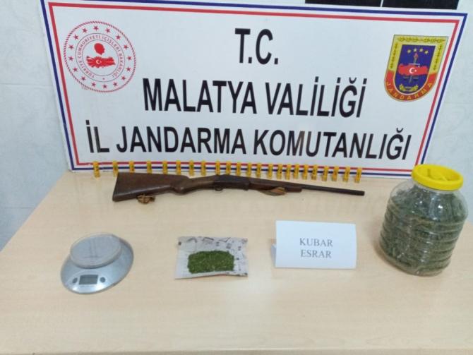 Malatya'da jandarmadan esrar operasyonu